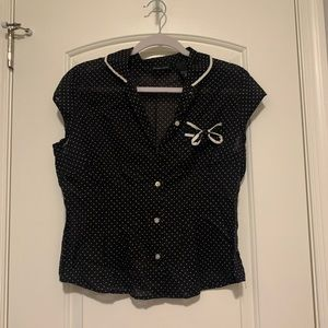 polka dot top with bow detail!